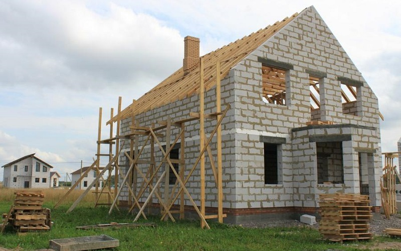 Кредит на строительство дома в Новомосковске