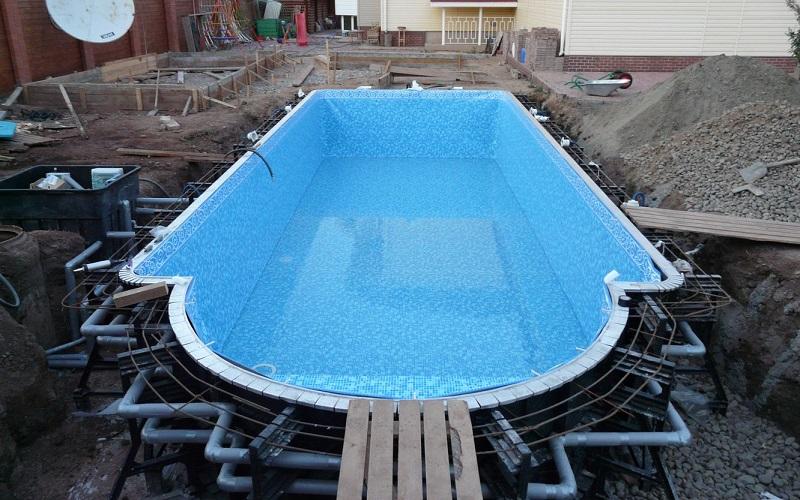 Строим бассейн в Пскове на кредитные деньги