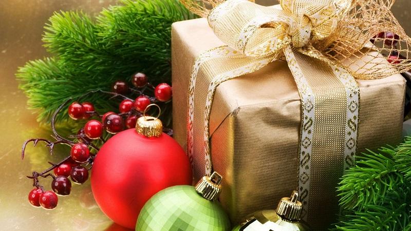 Банк Россия дарит подарки