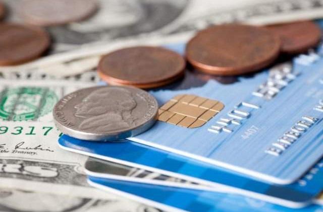 Банки кредитуют с просрочкой тоже